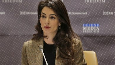 Photo of Amal Clooney quits as UK special envoy over 'lamentable' Brexit plan