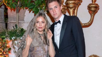 Photo of Sienna Miller and Lucas Zwirner split