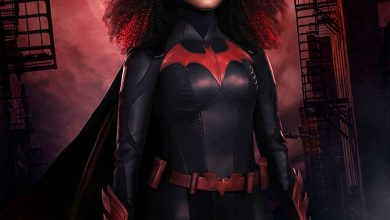 Photo of See Batwoman Star Javicia Leslie in the New Batsuit