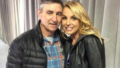 Photo of Britney Spears' Lawyer Claims She's Afraid of Father Jamie Amid Conservatorship Battle