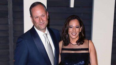 Photo of Kamala Harris and Husband Doug Emhoff Receive COVID-19 Vaccine