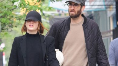 Photo of Emma Stone is pregnant, expecting first child with husband Dave McCary.