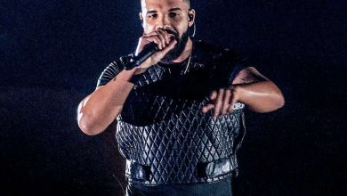 Photo of Drake Delays Certified Lover Boy Album as He Recovers From Surgery