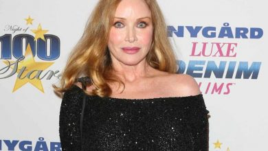 Photo of Tanya Roberts not actually dead, former Bond girl's reps reverse statement