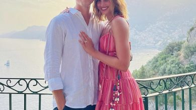 Photo of Victoria's Secret Model Taylor Hill Gets Engaged to Daniel Fryer: 'I'll Love You for Always'