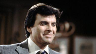 Photo of Stuart Damon, 'General Hospital' star, dead at 84.
